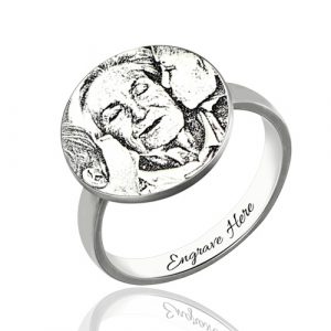 Delicate Sterling SilverPersonalized Photo-Engraved Disc Ring